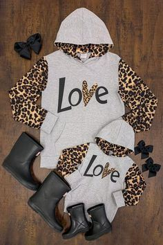 "Mom & Me - Gray ""Love"" Cheetah Hoodies Mommy And Me Shirt, Mommy And Me Outfits, Cute Summer Outfits, Kids Outfits, Toddler Fashion, Kids Fashion, Baby Girl Birthday Dress, Unique Baby Clothes, Just Girl Things"