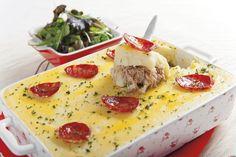 Receita de empadão de carne com puré de batata. Descubra como preparar esta receita de empadão de maneira deliciosa e prática com a TeleCulinária!