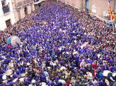 """""""La rompida de la hora"""" Eastern week in Calanda, Teruel (Spain).    """"La rompida de la hora"""" en Semana Santa en Calanda, Teruel (España)"""