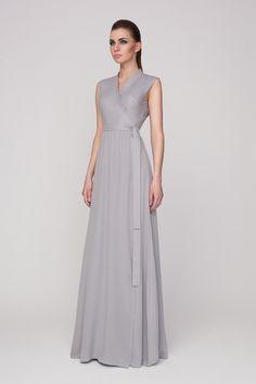 Артикул 02112. Платье на запахе в пол из хлопка и шелка (верх из хлопка, юбка из шелка). Состав: верхняя часть 100% хлопок, юбка 100% шелк. Цена 34 650 руб.