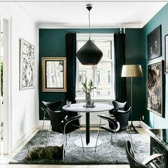 Green Dining Room from Elle Decor Green Dining Room, Luxury Dining Room, Living Room Green, Green Rooms, Dining Room Design, My Living Room, Interior Design Living Room, Living Room Decor, Green Walls