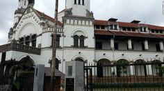 The history of hauntings at Lawang Sewu in Indonesia is tied to the period of colonialism in the country. At the end of World War II, the Japanese fought a battle with Indonesian troops in front of the building, and there are stories of people being tortured in this basement.