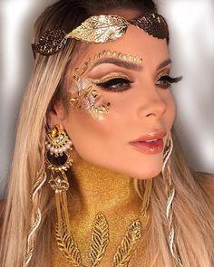 make carnaval aquela make de deusa grega pra todo mundo se curvar aos seus pés, de tanta beleza Greek Goddess Makeup, Greek Goddess Costume, Godess Costume, Greek Makeup, Goddess Halloween, Make Carnaval, Carnival Makeup, Rave Makeup, Face Jewels