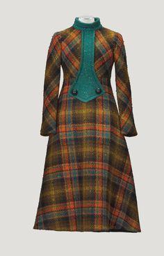 Pierre Cardin Haute Couture, automne-hiver 1970-1971 | lot | Sotheby's