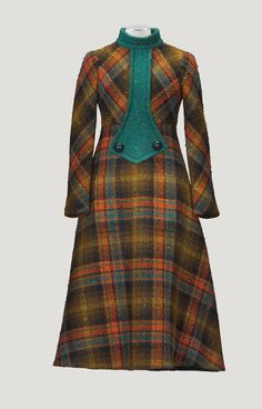 Pierre Cardin Haute Couture, automne-hiver 1970-1971 ROBE MAXI EN TWEED ÉCOSSAIS PIERRE CARDIN HAUTE COUTURE, A/W 1970-71 A TARTAN TWEED DAY DRESS WITH GREEN WOOL PLASTRON AND LINING