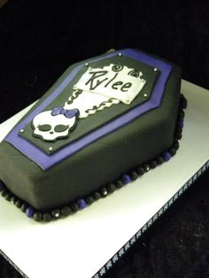 how to wedding cake 50th coffin cake birthday 50th cake 16196