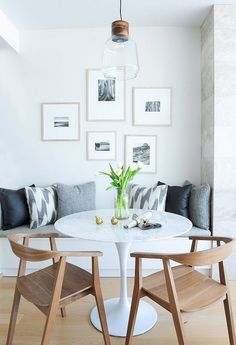70 Best Small Dining Room Decoration Ideas – Page 44 – Home Decor Ideas Small Dining Room Furniture, Tiny Dining Rooms, Dinning Room Tables, Dining Room Design, Esstisch Design, Banquette Seating, Room Interior, Furniture Design, Furniture Ideas