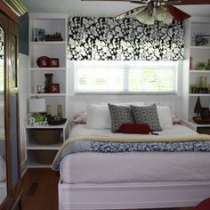 Shelving instead of night stands