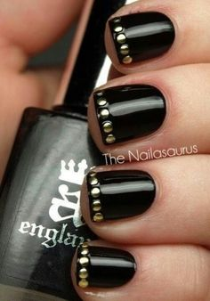 GOTH dark glamour ✤ :: Gothic Glamour Nail Art ~~ this is HAWT!! I absolutely love the studs which match the second bodice. Hahah!