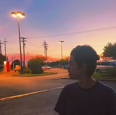 """""""back in texas for a bit"""" Conan Gray Aesthetic, Aesthetic Photo, Grey Pictures, Photography Projects, Tom Holland, Photo And Video, Sunset, Musicians, Instagram"""