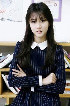 Child actress Kim Sae Ron joins YG | Koogle TV