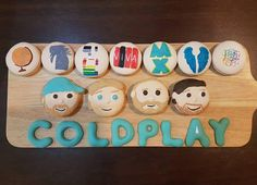 348.9 тыс. отметок «Нравится», 1,856 комментариев — Coldplay (@coldplay) в Instagram: «#Regram of these amazing #Coldplay macarons made by @priscillamegan ahead of tomorrow's…»