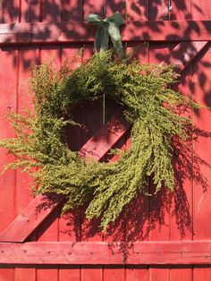 Items similar to Sweet Annie Country Wreath on Etsy Prim Christmas, Simple Christmas, Christmas Wreaths, Country Christmas, Xmas, Christmas Door Decorations, Holiday Decor, Primitive Wreath, Primitive Fall