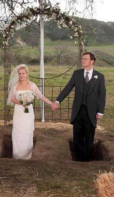 Dwight and Angela get married on the series finale of The Office Dwight And Angela, The Office Nbc, The Office Wedding, Company Swag, Threat Level Midnight, Wedding Movies, Paper People, Dunder Mifflin, Got Married