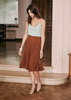 Casual Dresses, Casual Outfits, Cute Outfits, Fashion Outfits, Pleaded Skirt, Style Parisienne, Parisian Style, Casual Summer, Ropa Vieja