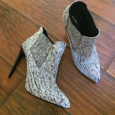 """Kurt Geiger Booties Adorable and perfectly on trend! Brand new with tags attached. Will go with any outfit. Shard leather booties. Glossy 4"""" heel. Italian leather. No trades. Size 37. Flaws: on left toe but not obvious,small scratch on right shoe (front), tiny white spot in back. Kurt Geiger Shoes Ankle Boots & Booties"""