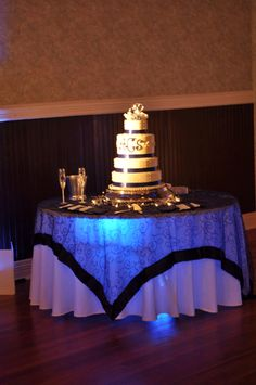 cake lighting and under table lighting