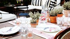 How to Host an Easy and Chic French Dinner Party via @MyDomaine