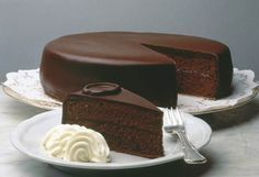 Chocolate cakes, albeit merely a chocolate-flavored cake, are not made equal. Even the Viennese sacher torte, the chocolate cake counterpart of the well-loved Gluten Free Desserts, Vegan Desserts, Just Desserts, Chocolate Icing, Chocolate Desserts, Chocolate Torte, Chocolate Sponge Cake, German Chocolate, Food Cakes