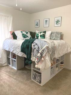 Modern Bedroom with DIY high cubicle bed Room Design Bedroom, Small Room Bedroom, Room Ideas Bedroom, Home Room Design, Modern Bedroom, High Bed Frame, Pinterest Room Decor, Ikea Kallax Regal, Cozy Room