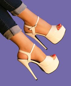 fashion, heels, high heels, image, moda, photo, pic, pumps, shoes, stiletto, style, women shoes http://www.womans-heaven.com/white-heels-pic/