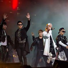 BIGBANG at F1 Night Race Singapore (cr on pic)#19