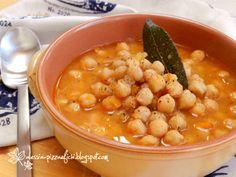In questa giornata che sembra più novembre che marzo non c'è niente di meglio di una zuppa calda che mi scaldi il pancino e le mani per...