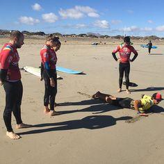 #surflessons @lasantaprocenter in #famarabeach #Lanzarote . #lasantaprocenter #lasantasurfprocenter #lasantasurf #lasantapro #lasanta #surfcoach #surfinstructor #surfday #lanzarotesurf #lanzarotesurfschool #surfschool #surfschoolcanarias http://ift.tt/SaUF9M