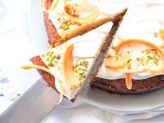 Mrkvový dort s kokosem a čočkovou moukou   Vařeniště Eggs, Breakfast, Food, Morning Coffee, Essen, Egg, Meals, Yemek, Egg As Food