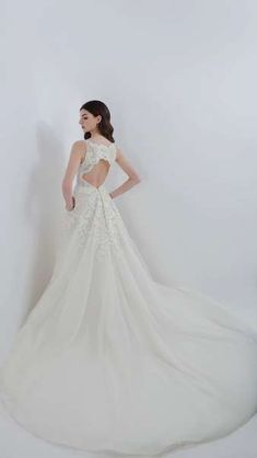 Jude Jowilson 2018 Bridal Dresses: Classic Designs With A Modern Twist Image: 19