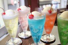 24種のカラフルなクリームソーダが味わえる♪ 京都のレトロな喫茶店「シンセツ」 - ライブドアニュース