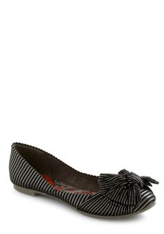 Number 8: Work-perfect ModCloth shoes. I'm going to be on my feet a LOT as the most fabulous stylist in Balitmore. So, flats are a must. These look comfy with a hint of Tim Burton. I'm in love. #modcloth #makeitwork