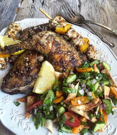 Zaatar Recipe, Lemon Roasted Potatoes, Middle Eastern Salads, Food Meaning, Classic Salad, Italian Salad, Exotic Food, Cooking Ingredients, Chicken Recipes
