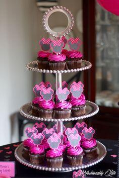 Minnie Mouse Birthday Party - www.refashionablylate.com
