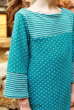 Fabulous reversible knit fabric! | The Charlotte Dress Reviewed for Pattern Revolution by The Inspired Wren