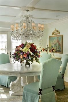 Shabby Chic Dining Room, French Country Dining Room, Dining Room Blue, Shabby Chic Homes, Dining Room Design, Shabby Chic Decor, Dining Chair, Colorful Interiors, Room Decor