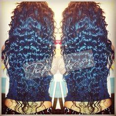 Damnnnnn that freaking hair ((::
