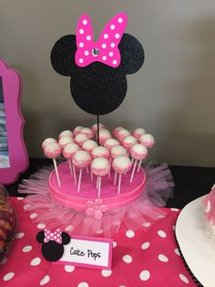 Cake pops for a Minnie Mouse birthday party