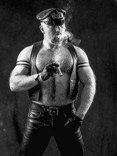 Ungroomed tresses could make you think dirty and look older. Shaving lotion and also shaver Scruffy Men, Hairy Men, Leather Harness, Leather Men, Muscle Bear Men, Muscle Men, Cigar Men, Beefy Men, Hairy Chest
