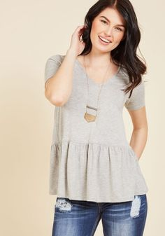 That rockin' ensemble you pieced together starring this grey top will have others thinking it took all morning to craft, but only you know it was a cinch to achieve! Elevating the basic V-neck tee with pretty peplum, this ModCloth exclusive makes it simple to look particularly polished.
