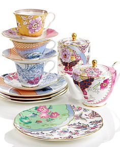 ~ Wedgwood Dinnerware, Butterfly Bloom Collection - Fine China - Dining & Entertaining - Macy's. I want this when i get married for my fine china ...