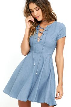 Your friends will try to uncover clues about where you might have gotten the Always Wonder Blue Chambray Lace-Up Skater Dress! Short sleeves frame a darted bodice with a lace-up neckline, while a woven skater skirt flutters below. Hidden back zipper with clasp.