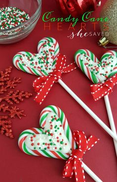 Candy Cane Hearts Pops These Candy Cane Hearts are so easy and fun to make, and a great gift idea from She Saved. Easy Christmas Treats, Holiday Snacks, Christmas Sweets, Christmas Cooking, Christmas Goodies, Christmas Candy, Holiday Fun, Holiday Recipes, Christmas Recipes