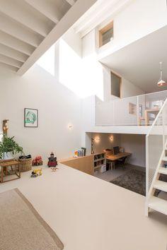 In beeld: van een piepkleine, afgeleefde stadswoning tot een luchtige gezinswoning met veel ruimte