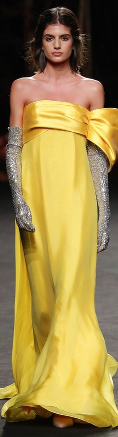 Evening Party Gowns, Evening Dresses, Glamour, Canary Yellow Dress, Mellow Yellow, Color Yellow, Bright Yellow, Classy People, Gowns Of Elegance