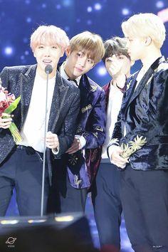 BTS At The 31st Golden Disc Awards (170114) ❤ #BTS #방탄소년단