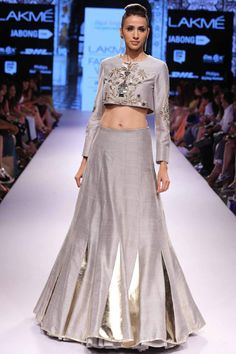 Grey embroidered crop top with matching lehenga available only at Pernia's Pop-Up Shop.