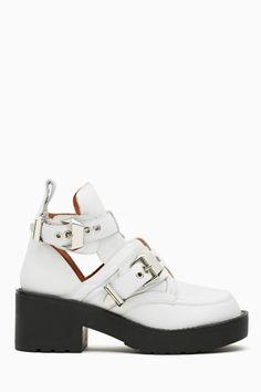 Coltrane Cutout Boot - White/Black#Nasty Gal#