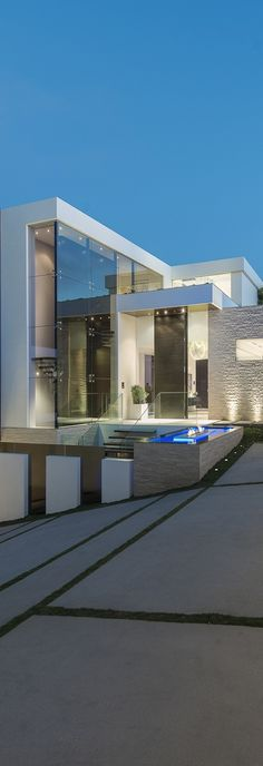Laurel Way by WHIPPLE RUSSELL ARCHITECTS / Beverly Hills, California