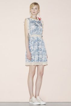 Red Valentino Spring 2016 Ready-to-Wear Collection - Vogue